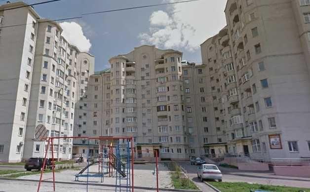 3-х комнатная квартира  с РЕМОНТОМ на И. Богуна