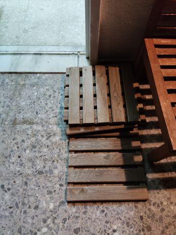 Deck / Chão exterior de madeira 40cm por 40cm