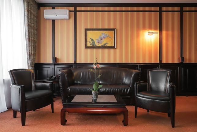Апартаменты/номер 3 комнаты,без % ,от 30 дней, Жилянская 59,Вокзал