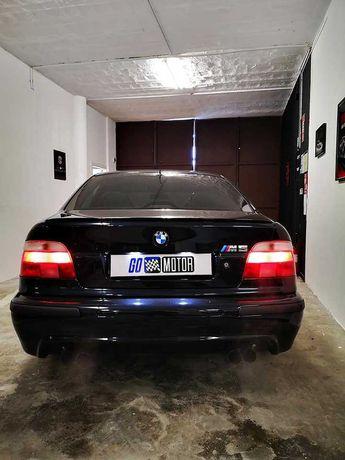 BMW M5 (Clássico Irrepreensível)