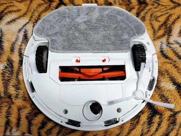 Робот-пылесос Xiaomi Mi Robot Vacuum-Mop P STYTJ02YM White (SKV4110GL)