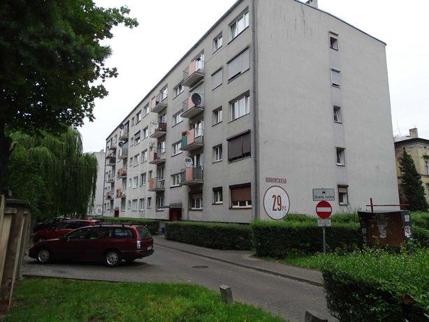 Syndyk sprzeda mieszkanie 2 pokojowe w Rawiczu
