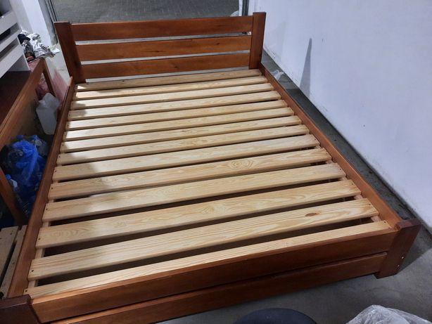 Łozko drewniane 160x200 z materacem