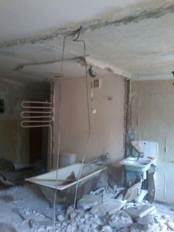 Демонтаж стен, стяжки, штукатурки, плитки, паркета, и др. Вывоз мусора