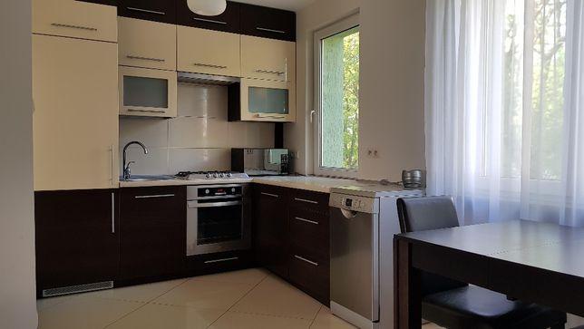Wynajmę mieszkanie 47m² (2 sypialnie) przy ul. Świętojańskiej.