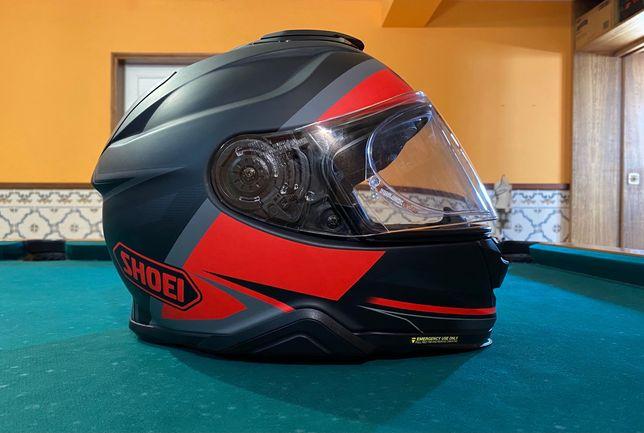 Capacete Shoei GT air 2 com pouco uso.