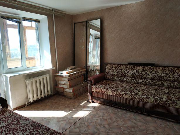 Продам однокімнатну квартиру в центрі міста