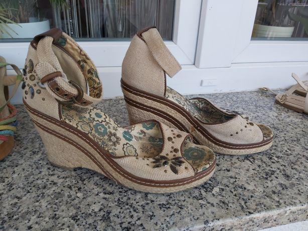 Buty letnie na koturnie, sandały r.39