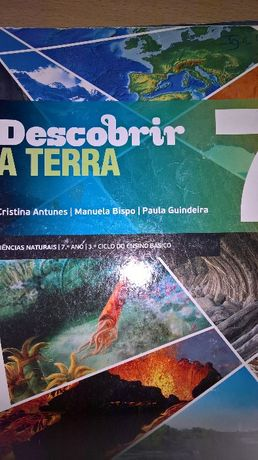 """Livro ciências naturais """"Descobrir a Terra 7"""""""