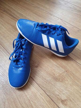 Adidas halówki r. 33 stan bdb