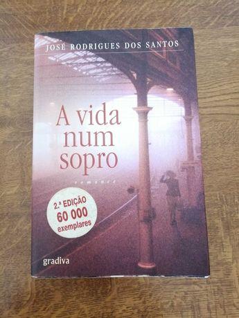 «A Vida num Sopro» de José Rodrigues dos Santos
