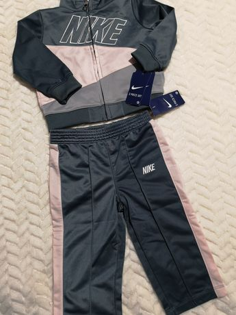 Dresik Nike dla dziewczynki