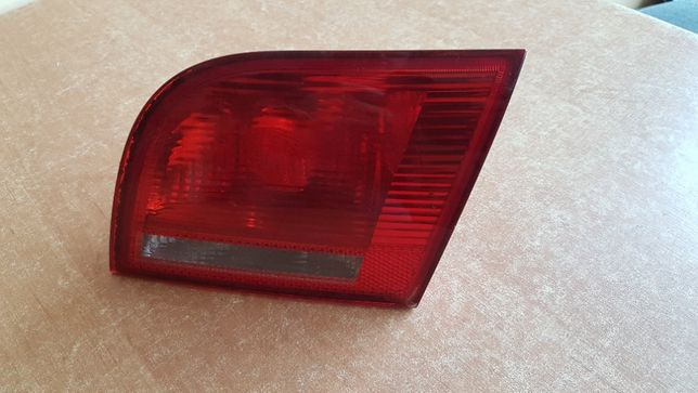 Lampa tylna prawa w klapę Audi A3 8P