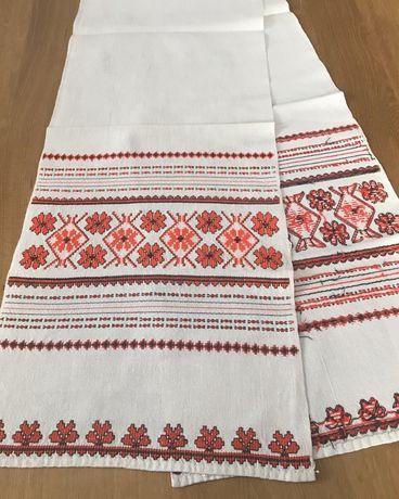 Белый винтажный вышитый красными нитками рушник Hand Made