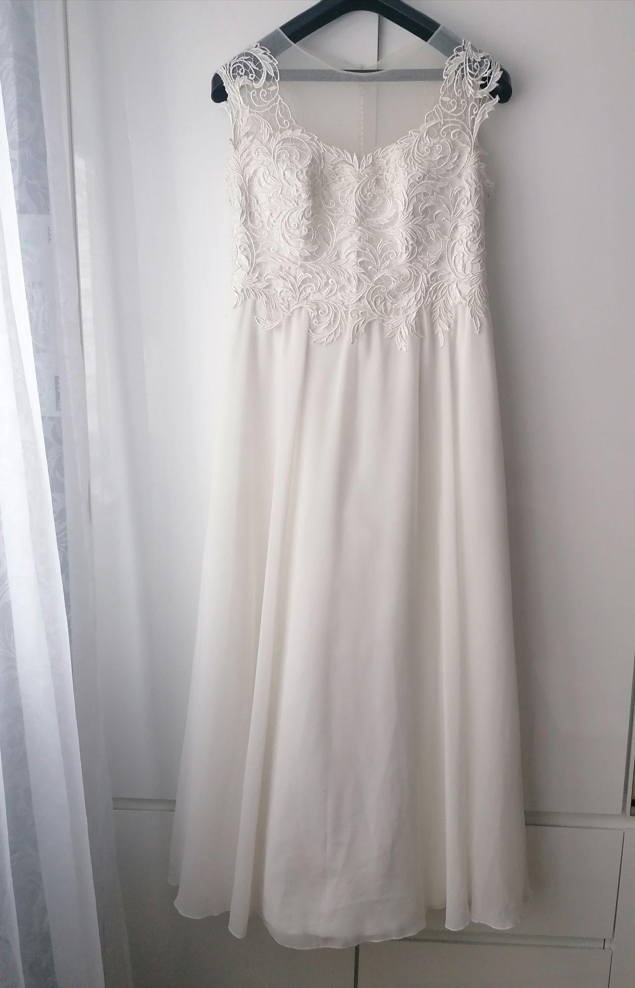Suknia ślubna ecru kość słoniowa koronkowa prosta litera A 40 L 42 XL