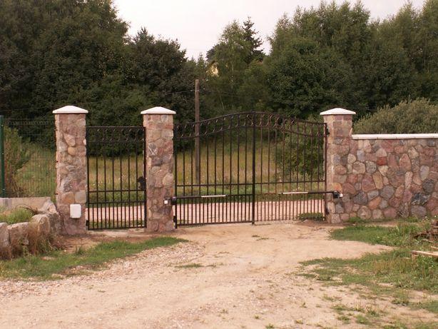 Niestandardowe daszki, czapy betonowe, czterospadowe 45 x45 cm