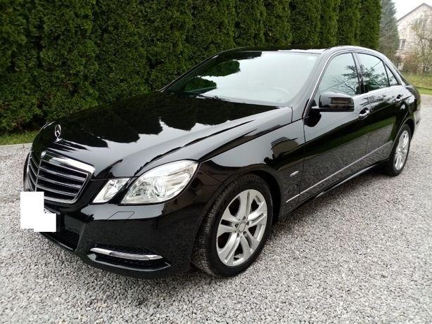 Mercedes-Benz E220 CDI AVANTGARDE W212  !