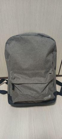 Новый прочный рюкзак для школьника