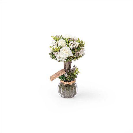 Bouquet de flores secas com vaso