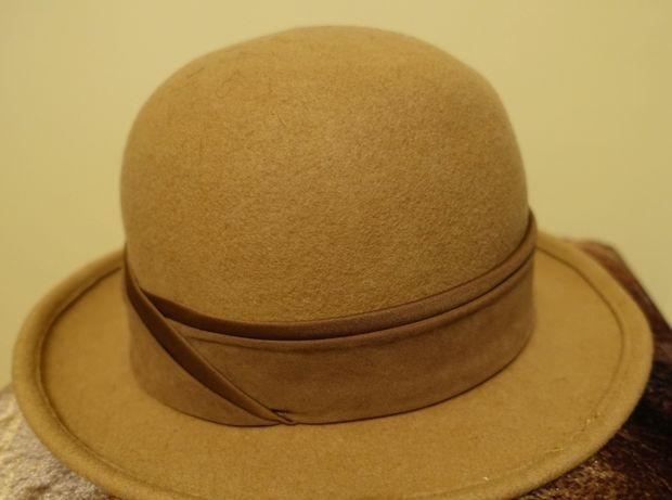 kapelusz zimowy damski beż