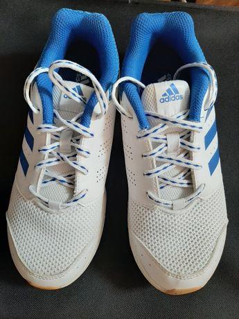 Продам детские кроссовки adidas, размер 36