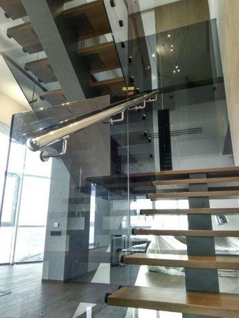 Лестницы под ключ, перила, двери, перегородки, душевые кабины