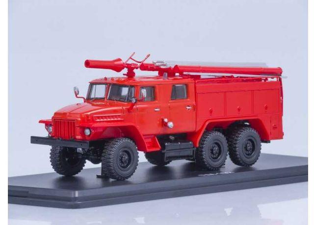 Модель 1/43 Грузовик Урал-375Н (АЦ-40) Пожарный без надписи