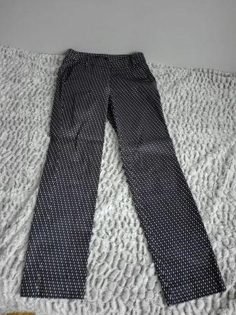 Spodnie Mohito. Stan idealny.