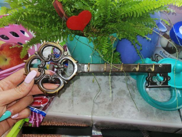 Piękny klucz na klucze przywieziony z Niemiec