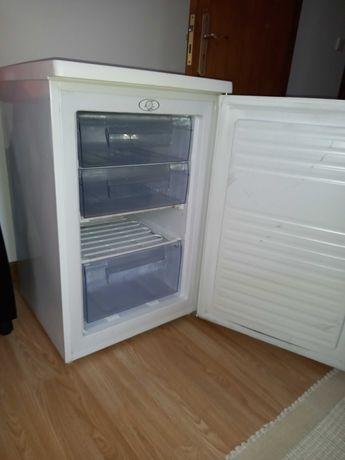 Arca congeladora Indesit usada