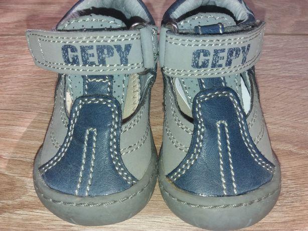 Туфельки.Кросовки.Туфлі.Шкіряне взуття.Дитяче взуття.Кожание кросовки.