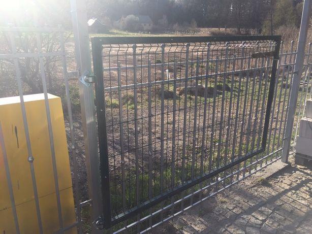 Ogrodzenie metalowe brama