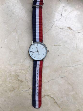 Zegarek quartz inspirowany daniel wellington