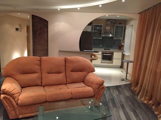 Продажа 2-комнатная квартира с евроремонтом в Соломенском районе !!!