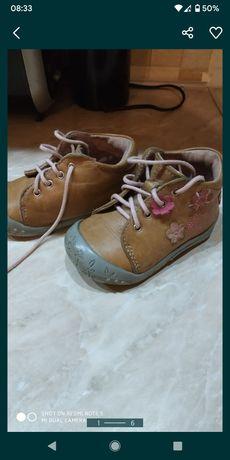 Черевики, ботинки для дівчинки