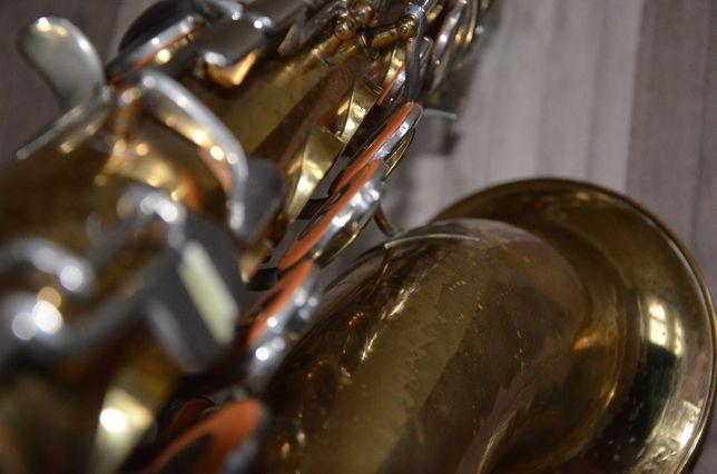 Saksofon tenorowy CONN M series - Saxofon coon