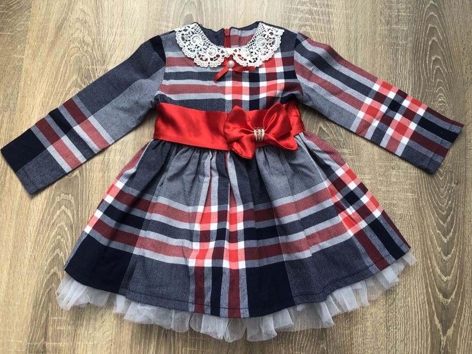 Очень красивое праздничное платье! Святкова сукня для дівчинки! Львов - изображение 1