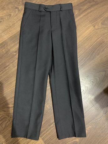 Шкільні брюки