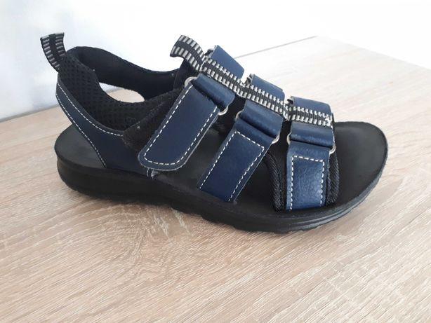 Sandały rozmiar 30-31 . Stan bardzo dobry.