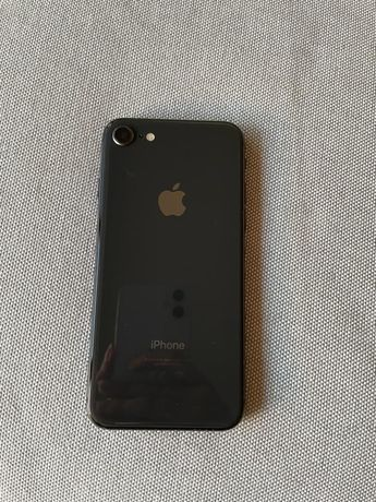 Iphone 8 em muito bom estado-bateria a 84%