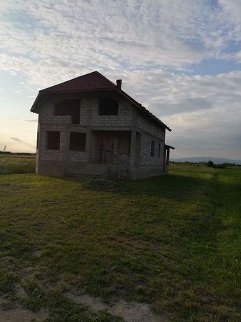 Продажа будинку))