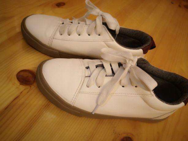 Кросівки primark білі фірмові