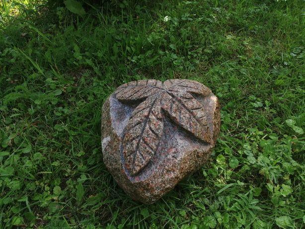 Rzeźba z kamienia naturalnego dekoracja ogrodowa