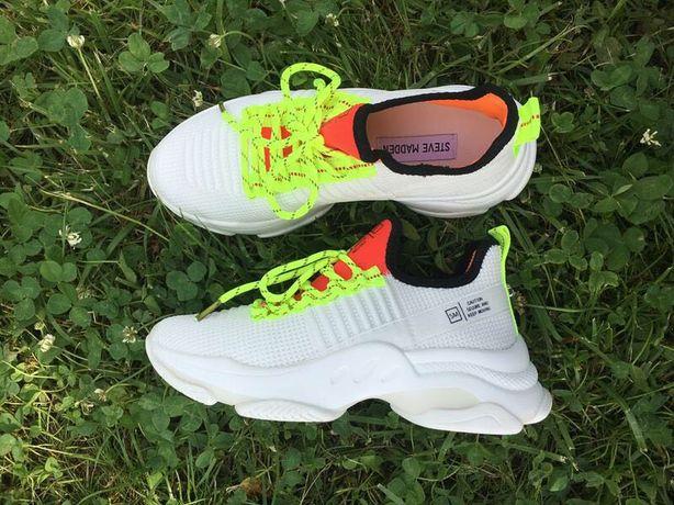 Кросівки для тренувань steve madden