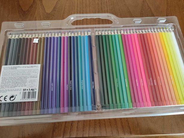 50 Lápis de Cor (Novos)