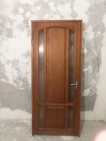 Двери массива дерева дуба