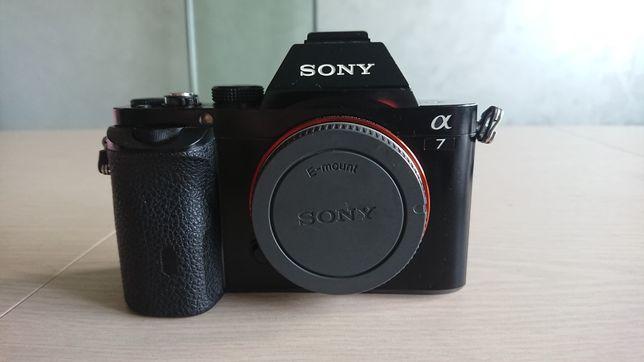 Sony a7 (full frame)