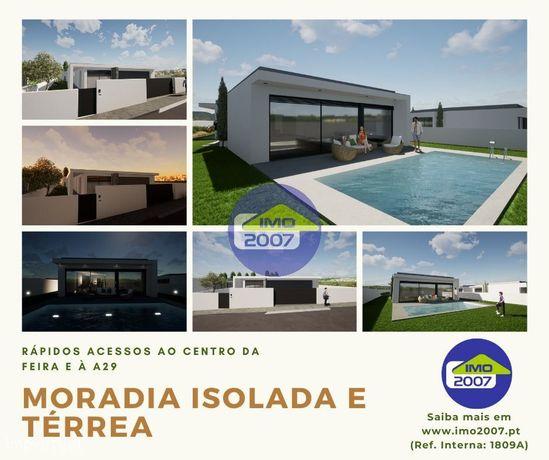 Moradia V4 + Escritório/Ginásio próximo centro Feira