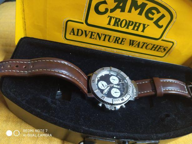 Camel Trophy Cronógrafo Séries 33 como novo