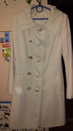 Женское кашемировое белое пальто размер 42
